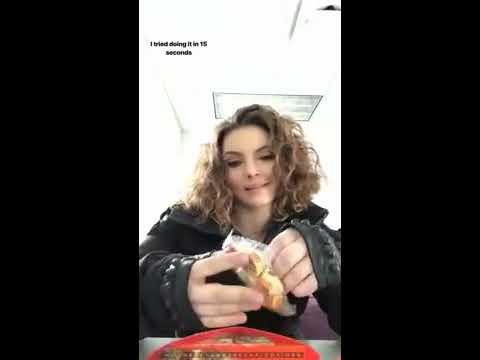 Camren Bicondova, Erin Richards and Sean Pertwee on the set of