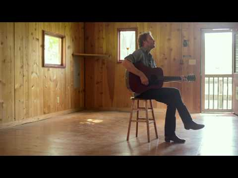 Hiss Golden Messenger - Mahogany Dread (Official Music Video)