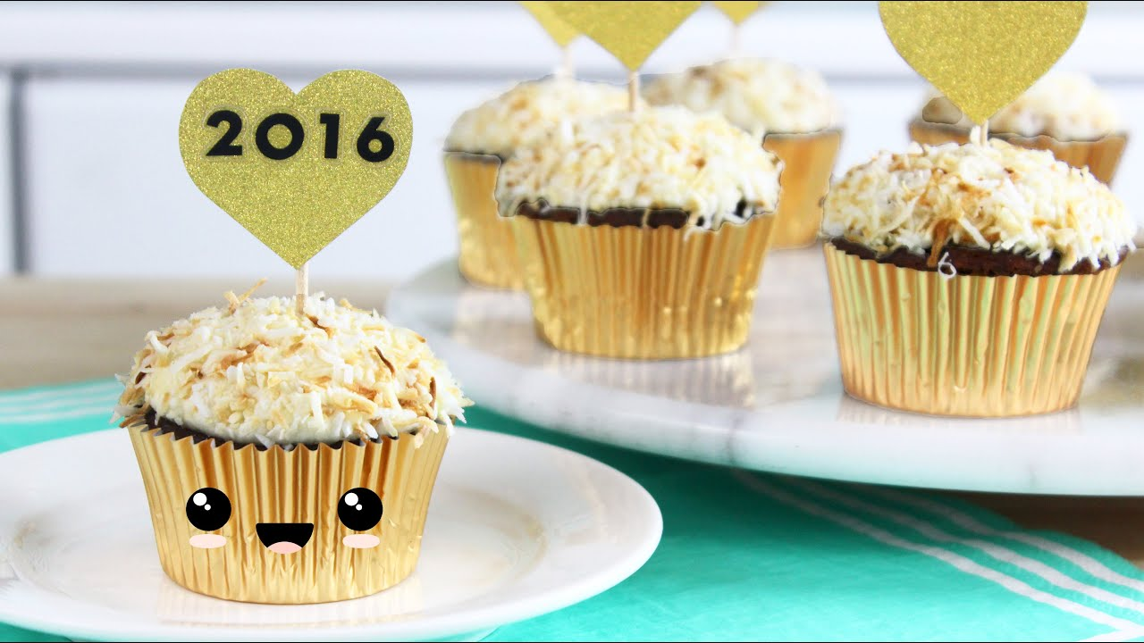 How to Make New Year s Eve Cupcakes! - YouTube