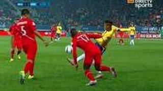 Neymar Humilla a Luis Advincula con espectacular sombrero | Brasil vs Peru 2-1 2015