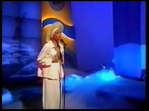 Martika   Love Thy Will Be Done   Terry Wogan Show 1991