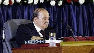 بوتفليقة يؤدي اليمين الدستورية لفترة رئاسية رابعة