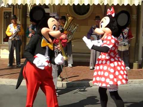 Minnie & Mickey Dance Together at Disneyland