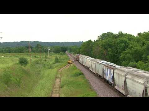 Trains on the UP Mankato line