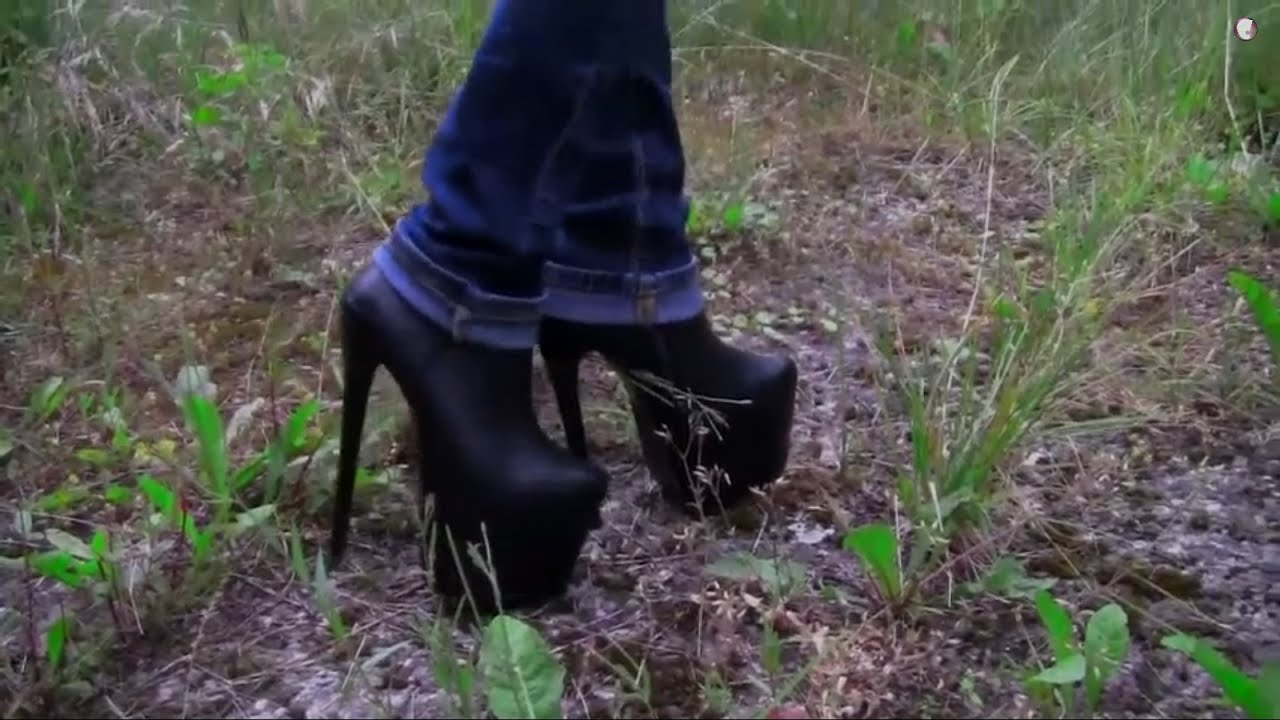 5dfd0b98b065 WISHVIDEO walking again in my black 7inch high heel booties and blue jeans