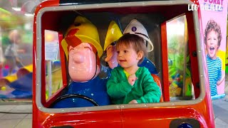 Wheels on the Bus - from Leo and Fireman Sam Ride On Fire Engine Toy - Emergency Lights