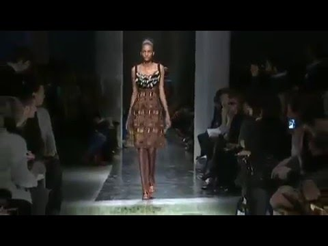 Prada Fashion Show – Fall/Winter 2010-2011