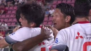 FC東京が相手のミスを逃さず数的優位の状況を作り出すと、ゴール前に折...