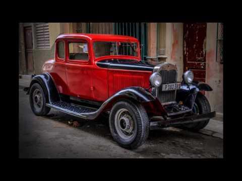 CUBA - Capturing the Colors of Cuban Street Life with Bobbi Lane and Lee Varis
