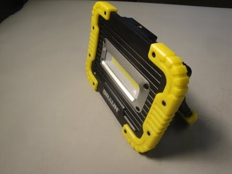 Review of the Harbor Freight Braun Compact LED Work Light / Battery Pack