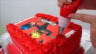 """Decoração de bolo """"LadyBug"""" com chantilly vermelho! Adriene Amorim"""