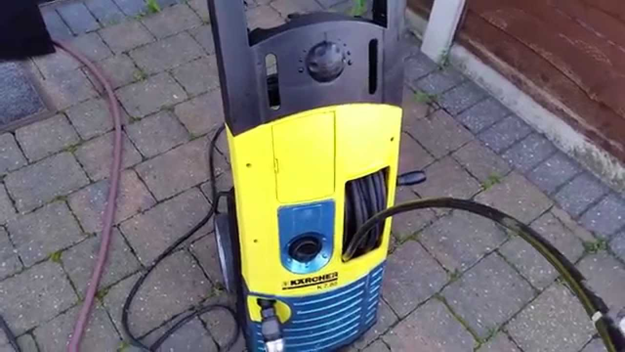 karcher pressure washer in action youtube. Black Bedroom Furniture Sets. Home Design Ideas