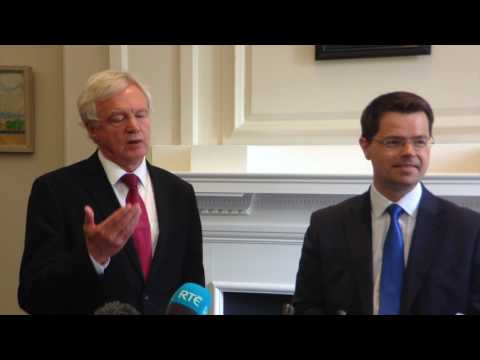 UK wants tariff-free access to EU, says Brexit minister David Davis