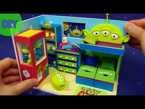 DIY Miniature Dollhouse  - Toystory Alien Room Decor !
