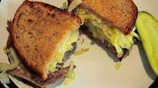 Reuben Sandwich with Corned Beef & Sauerkraut