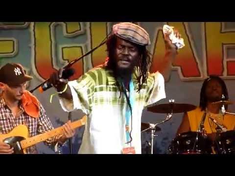 Sylford Walker & The Moon Band 2014 Reggae Jam