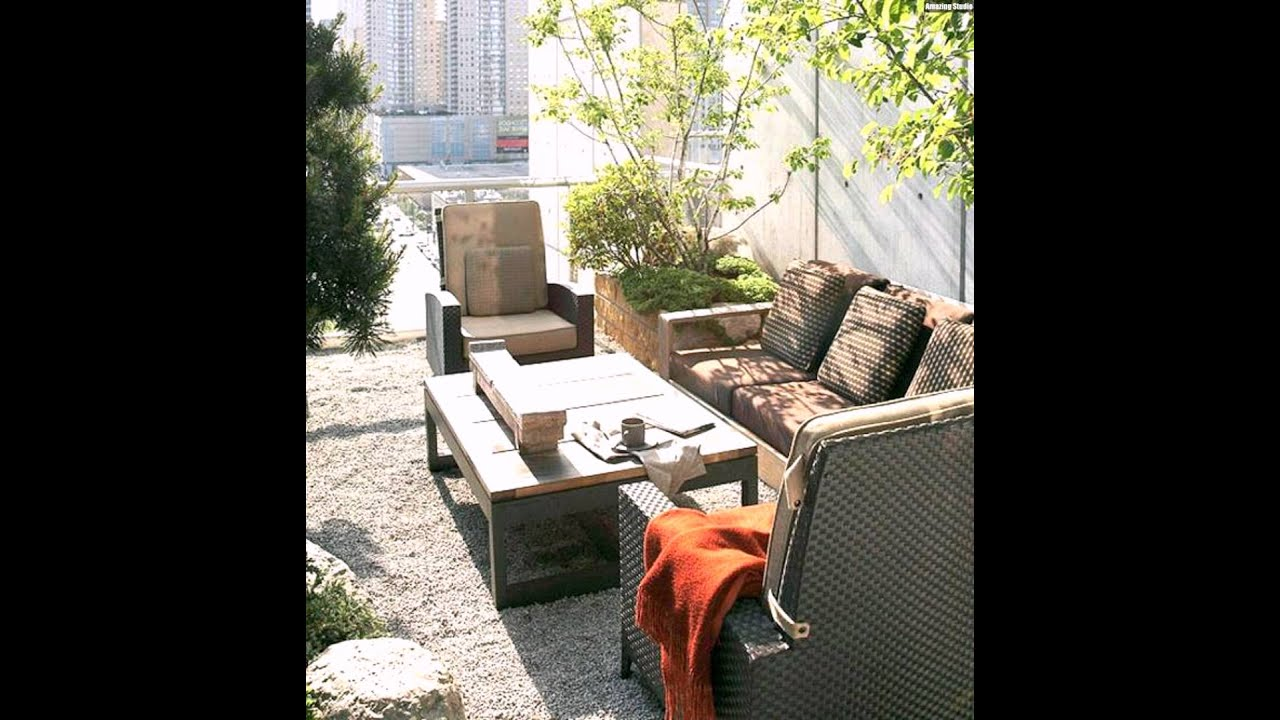 rattan m bel kieselsteine balkon wohntipps dachterrasse gestalten youtube. Black Bedroom Furniture Sets. Home Design Ideas
