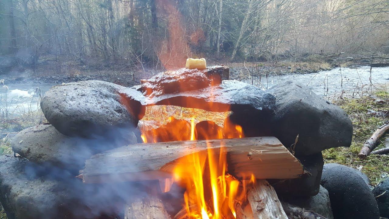 cocinando-filete-de-elk-sobre-roca