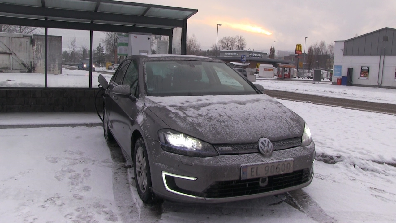 36 winter test of vw e golf 24 kwh part 2 youtube. Black Bedroom Furniture Sets. Home Design Ideas