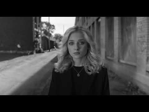 Смотреть клип Jackie Evancho - River