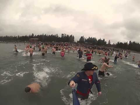 Saratoga Beach Polar bear swim 2014