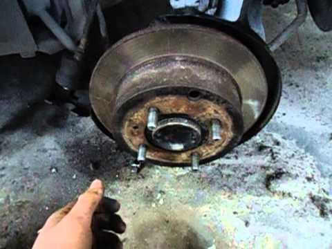 как менять тормозные колодки на mitsubishi galant