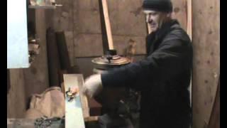 Труба - дымоход для самовара, своими руками -это просто.(Краткий обзор, процесса изготовления дымовой трубы для самовар, из жести., 2016-03-04T04:45:59.000Z)