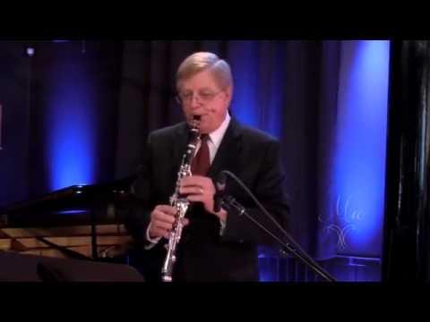 Daron Bradford - Bernstein Sonata for Clarinet and Piano, 2nd movement - Mio Clarinets