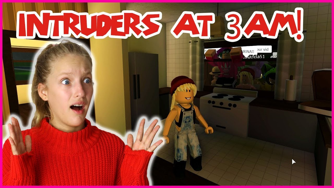 Karinaomg Roblox Bloxburg 3am Someone Is Breaking Into My House At 3am Youtube