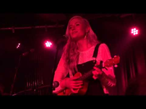 Madeline Juno - Herzchen [live FULL HD]