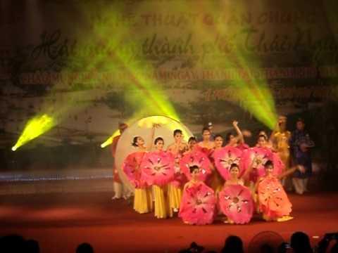 Lung Linh Sac Hoa