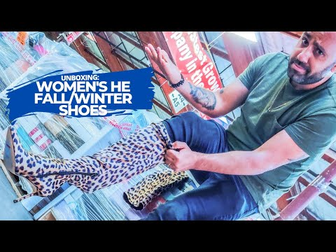 HE Department Store Shelf Pull Mostly Fall/Winter Women's Shoes