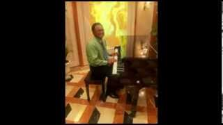 Aaj ki raat mere dil ki salami le le - Singer: Robert Mohamed Rafi.