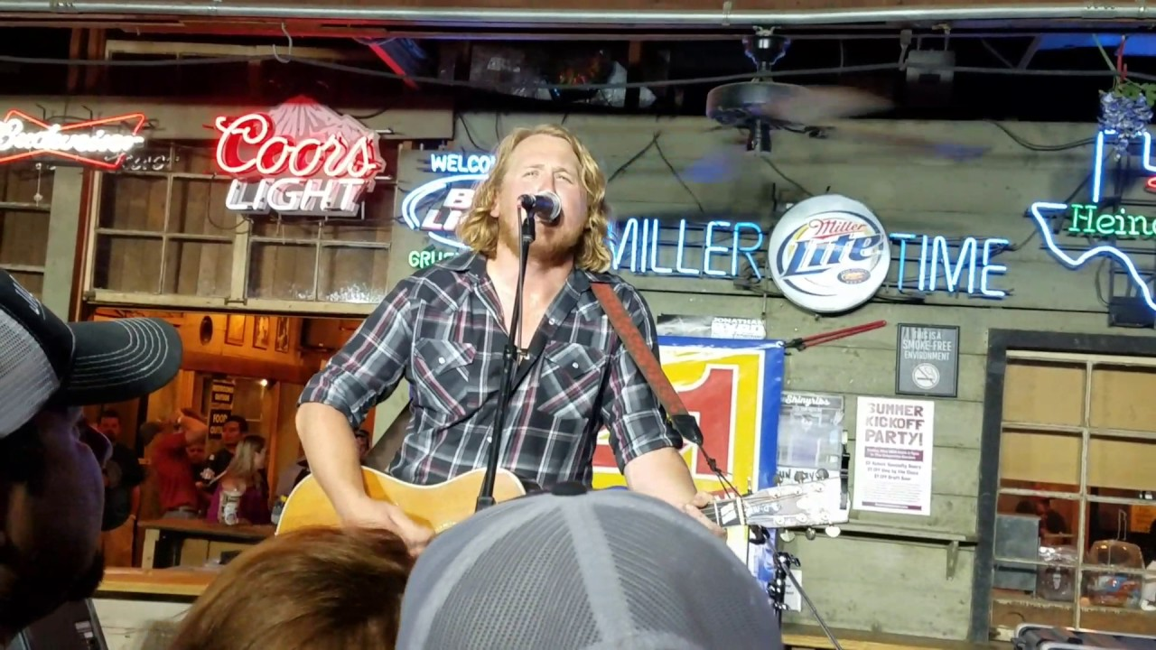 William Clark Green She Likes The Beatles Youtube Ravi thinks everyone likes the beatles. william clark green she likes the
