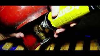 Как заправить газовый баллон?(За время заправки,три раза травил излишнее давление для добавления следующей порции сжиженного газа.К..., 2013-02-18T05:36:26.000Z)