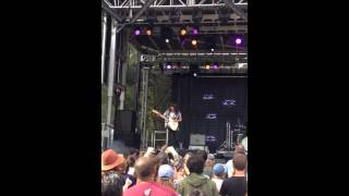 "Courtney Barnett - ""Canned Tomatoes (Whole)"" Live at OSL"