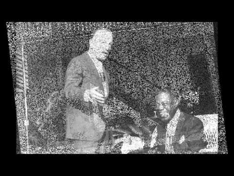 Louis Armstrong and his Orchestra - Rockin' Chair - 1929