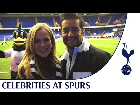 Julie Benz visits as Spurs beat Arsenal 21