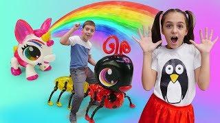Розпаковуємо нові іграшки - Тварини Робо Лайф! - Веселі ігри для дітей
