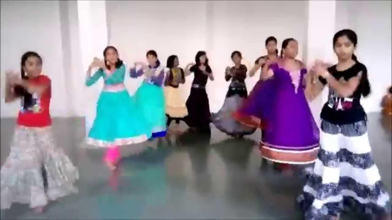 Rangilo maro dholna arbaaz khan malaika arora music video pyar ke.