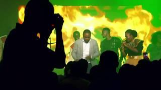 Dena Mwana feat. Mike Kalambay & Deborah Lukalu - II Fera (live) thumbnail
