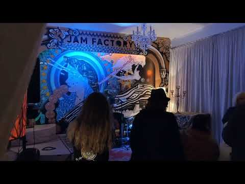 Shaun Kirk takes the crowd by storm - The Jam Factory Sept 2019 Mp3