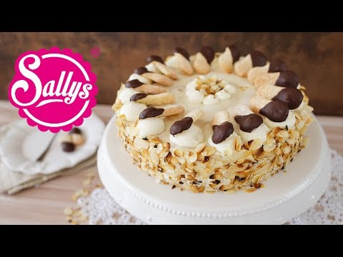 Malakoff Torte / Charlotte / Sallys Classics / feine Biskuittorte