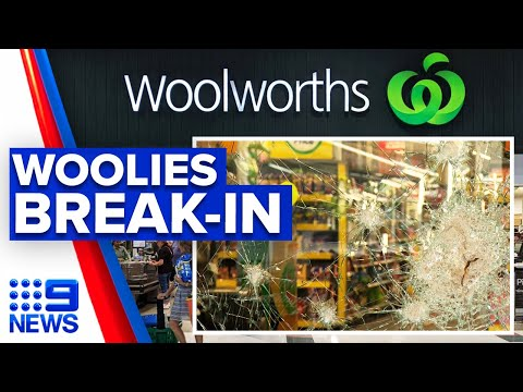 Women Break Into Woolworths With Sledgehammers | 9 News Australia