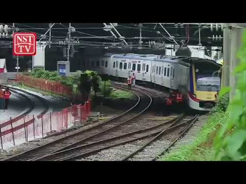 KTM Komuter, ETS services to be delayed by 15 minutes after train derails at Kuala Lumpur station