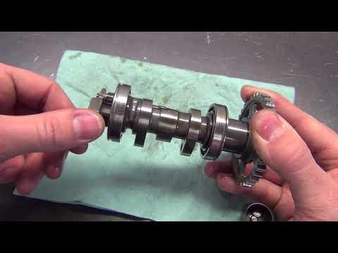 Dirt Bike - Valve Adjustment on 04 - 09 Honda CRF250R - Do it Properly!