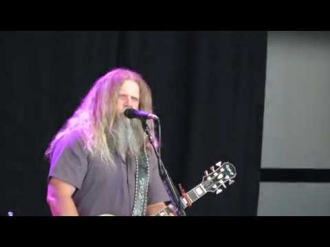 jamey johnson at outlaw music fest charlotte nc 6 20 18 high cost of living youtube. Black Bedroom Furniture Sets. Home Design Ideas
