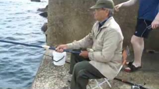 Рыбалка в Италии(http://miruspeha.com - Сегодня я Вам хочу показать ролик -- рыбалка в Италии... Лично я сам родился на севере на р. Обь..., 2010-10-27T09:55:40.000Z)