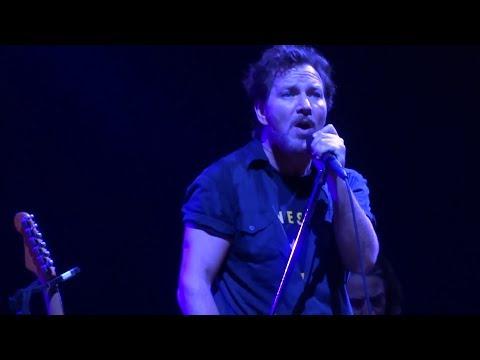 Pearl Jam 12-06-2013 Seattle Wa Full Show Multicam SBD Blu-Ray
