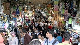 Nucleare Iran: al Gran Bazar di Teheran tutti vogliono la fine delle sanzioni